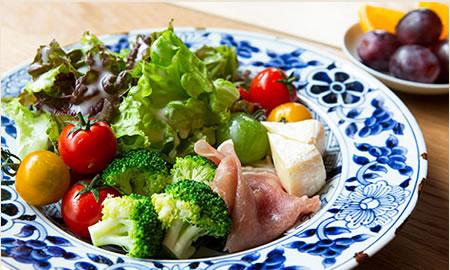 糸島の野菜で新鮮サラダ