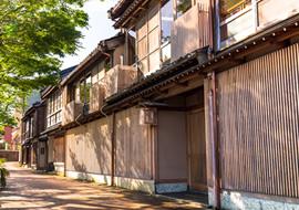 主計町茶屋街〔重要伝統的建造物群保存地区〕